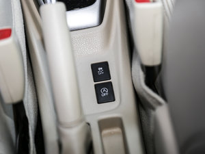 2017款1.5L CVT锋势版 空间座椅