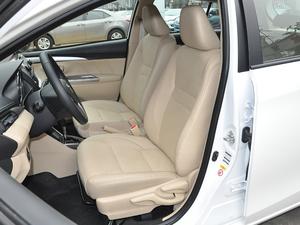 2017款1.5L CVT锋势版 前排座椅