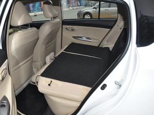 2017款1.5L CVT锋势版 后排座椅放倒