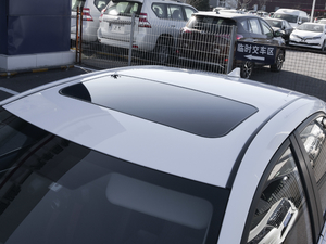 2017款1.8L E-CVT旗舰版 车顶