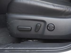 2017款1.8L E-CVT旗舰版 座椅调节