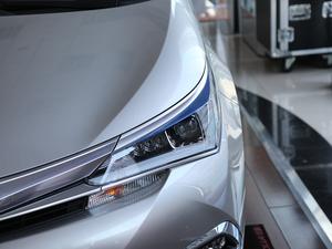 2017款1.8L E-CVT精英版 头灯
