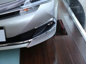 2017款1.8L E-CVT精英版 雾灯