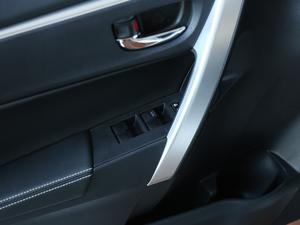 2017款1.8L E-CVT精英版 车窗控制