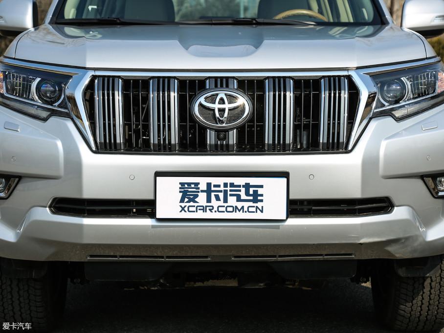 2018款普拉多3.5L 自动VX-NAVI 后挂备胎
