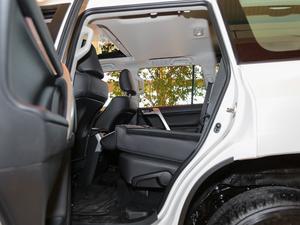 2018款3.5L 自动TX-L后挂备胎 后排座椅放倒
