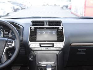 2018款3.5L 自动TX-L后挂备胎 中控台