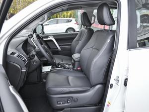 2018款3.5L 自动VX-NAVI 后挂备胎 前排座椅