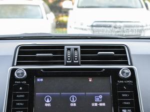 2018款3.5L 自动VX-NAVI 后挂备胎 空调出风口