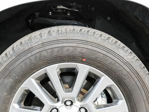 2018款3.5L 自动VX-NAVI 后挂备胎 轮胎品牌