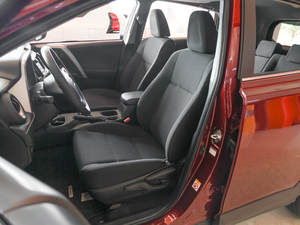 2018款2.0L 自动风尚X版 前排座椅