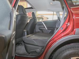 2018款2.0L 自动风尚X版 后排座椅放倒