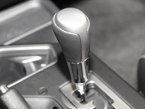 2018款2.0L 自动风尚X版 变速挡杆