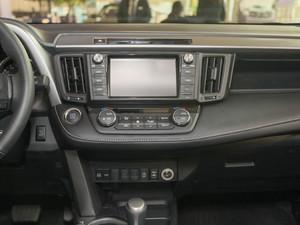 2018款2.0L 自动风尚X版 中控台