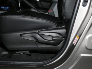 2018款2.0L 自动风尚版 座椅调节
