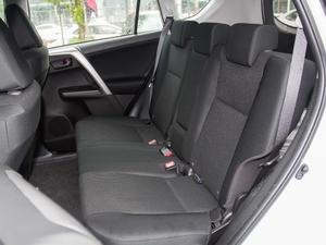 2016款2.0L CVT两驱风尚版 后排座椅