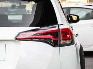 2018款2.0L 自动两驱风尚X限量版 尾灯