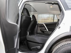 2018款2.0L 自动两驱风尚X限量版 后排座椅放倒