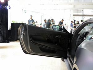 2019款Superleggera 驾驶位车门
