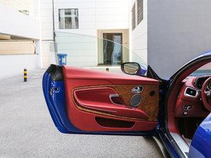 2017款5.2T V12 驾驶位车门