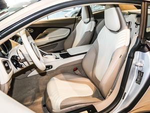2017款5.2T V12 前排座椅