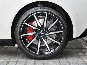 2019款V8 Volante 轮胎