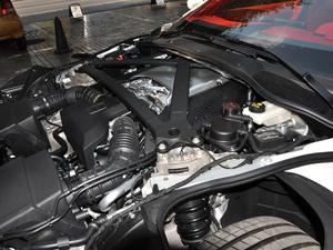 2019款V8 Volante 发动机