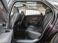 空间座椅捷豹XJ后排空间