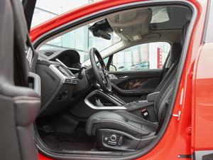 2018款 EV400 首发限量版 前排空间