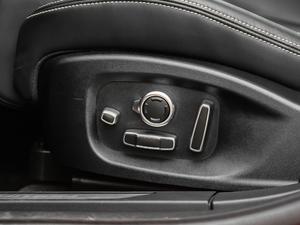 2018款 EV400 首发限量版 座椅调节