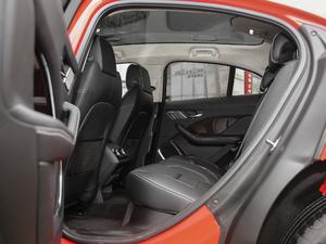 2018款 EV400 首发限量版 后排空间