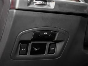 2018款 EV400 首发限量版 驻车制动器