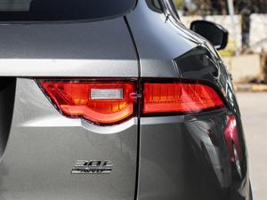 2019款2.0T 四驱R-Sport运动版 尾灯