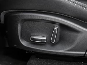 2019款2.0T 四驱R-Sport运动版 座椅调节