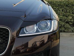 2016款3.0T 两驱风华版 头灯