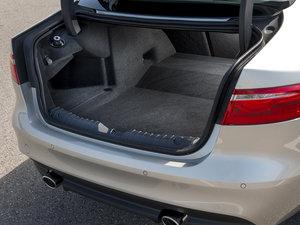 2016款30d Diesel Portfolio 空间座椅