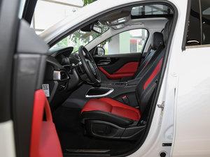 2018款3.0 SC 四驱R-Sport运动版 前排空间