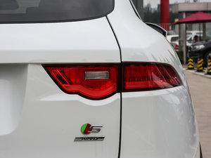 2018款3.0 SC 四驱S高性能版 尾灯