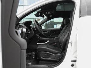 2018款3.0 SC 四驱S高性能版 前排空间