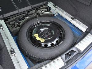 2018款2.0T 四驱R-Sport运动版 备胎