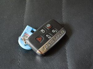 2018款2.0T 四驱R-Sport运动版 钥匙
