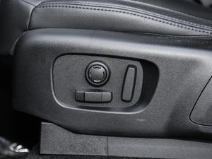 2019款3.0 V6 SE 座椅调节