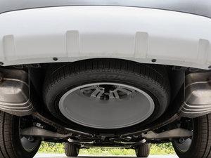 2017款3.0 V6 HSE LUXURY 备胎