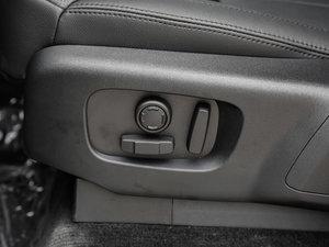 2017款3.0 V6 S 座椅调节