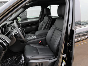 2017款3.0 V6 S 前排座椅