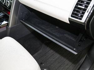2017款3.0 V6 首发限量版 座椅调节