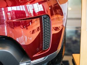 2017款3.0 V6 SE 雾灯