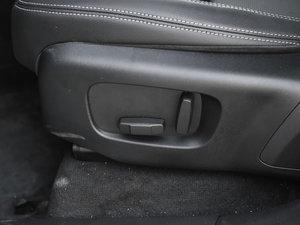 2017款P250 S 座椅调节