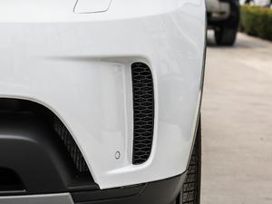 2018款3.0L V6 SE 雾灯