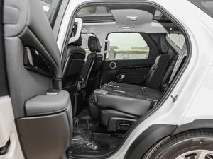 2018款3.0L V6 SE 后排座椅放倒